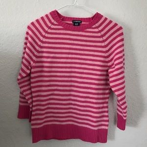 GAP sweater with 3/4 length sleeves